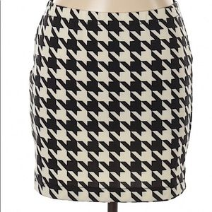 Candies XS houndstooth skirt